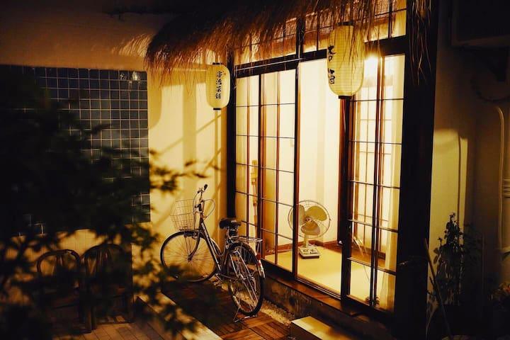摄影师的家ToSeeYou-Room2<仲夏夜之梦 >    安农大/之心城/投影/电热毯