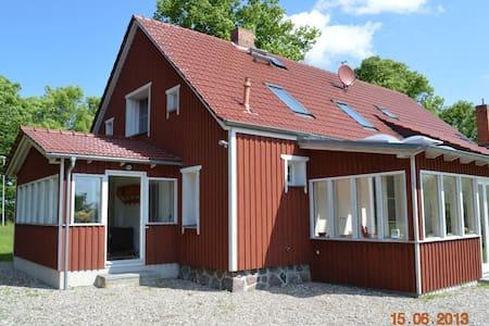 Landhaus mit Kamin zwischen Rerik und Kühlungsborn - Biendorf