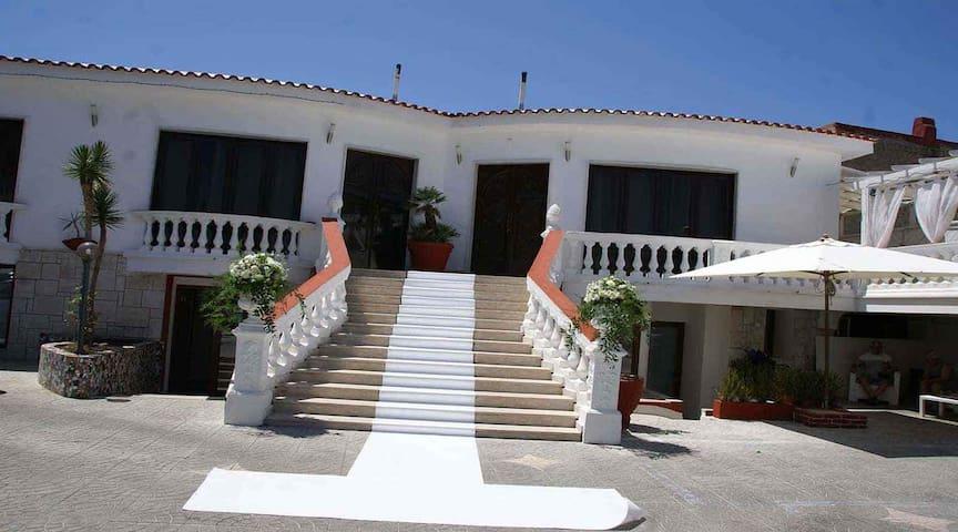 Residence/R&B Tyrrhenum - Monte di Procida - Bed & Breakfast