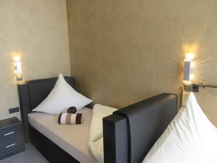 Einzelzimmer Hotel Palmenhof Kirkel