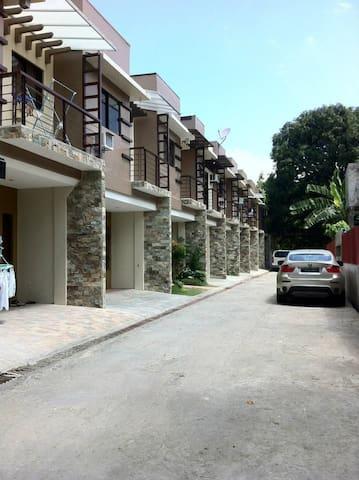 FULLY FURNISHED TOWNHOUSE near IT Park, Cebu City