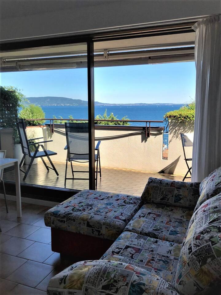 Appartamento con vista a Gardone Riviera