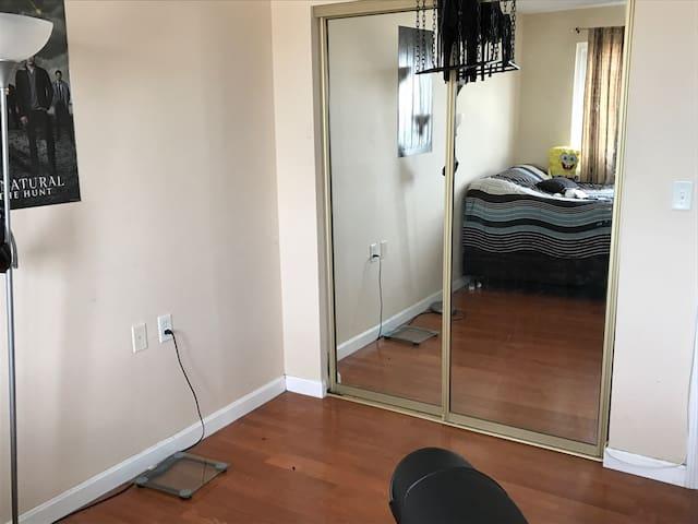 Room at Captain's Cove Condominium - Quincy - Apartment