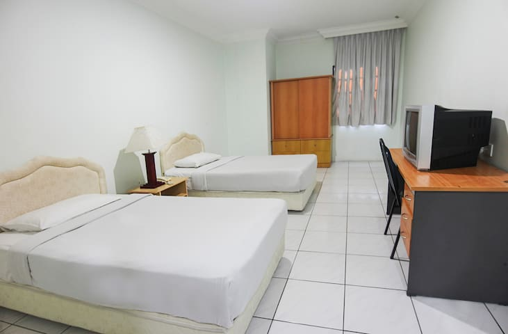 Chonglin Plaza - Twin Room for 2 Adults