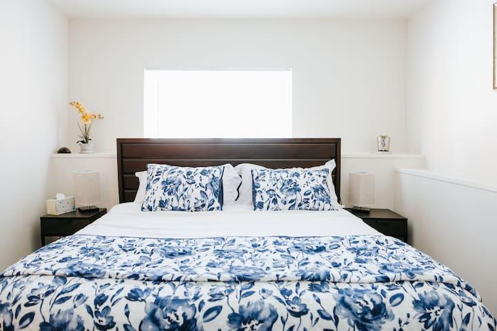 2 bedroom apartment near GG  park.