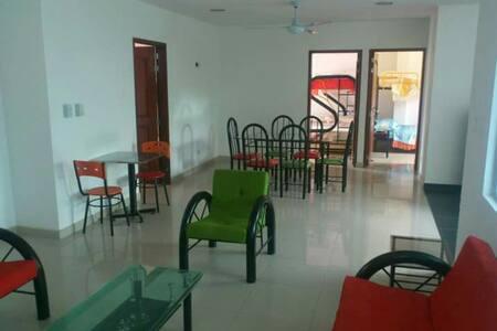 Hotel Aparta Hotel San Nicolas - Nilo - Lägenhet