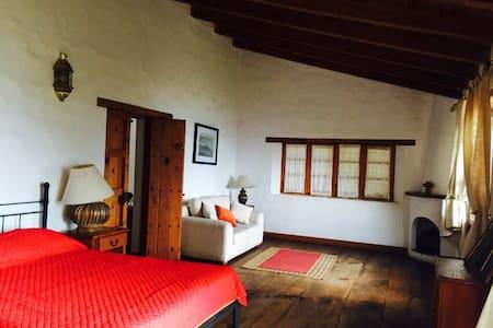 Villa Las Nubes en Hacienda San Francisco - Tapalpa - Huis
