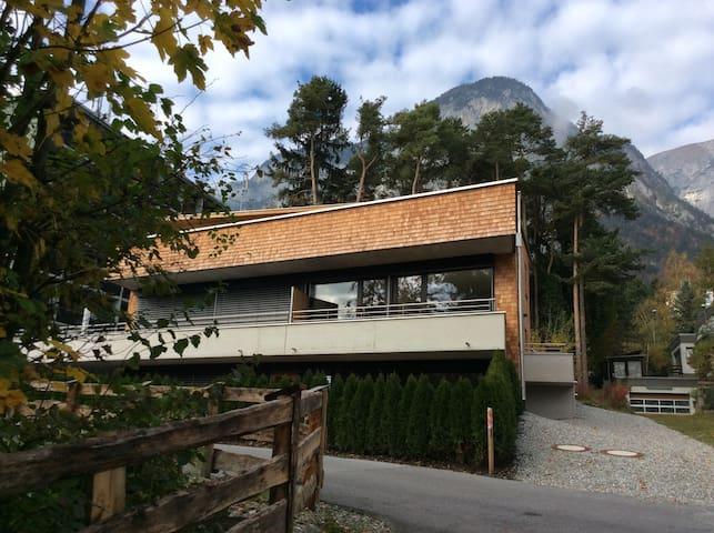 Moderne sehr ruhige familienfreundliche Wohnung - Innsbruck - Departamento