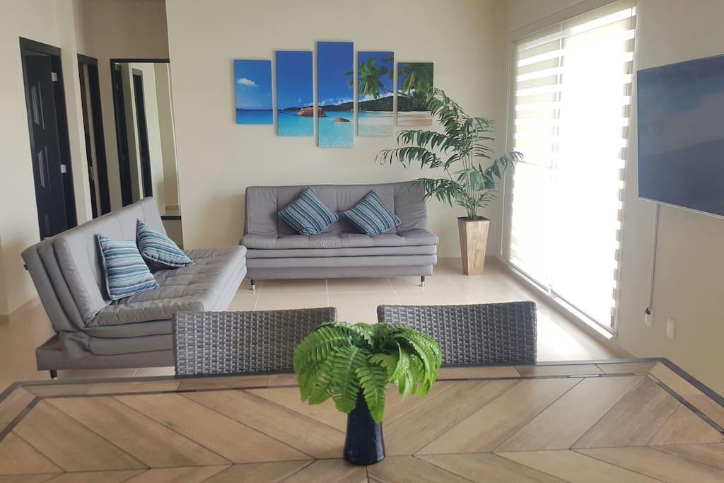 Living & dining room / Sala, Comedor
