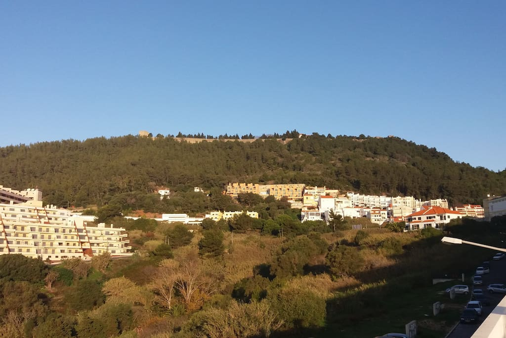 Vista para o Castelo / Vue sur Château / Castle View