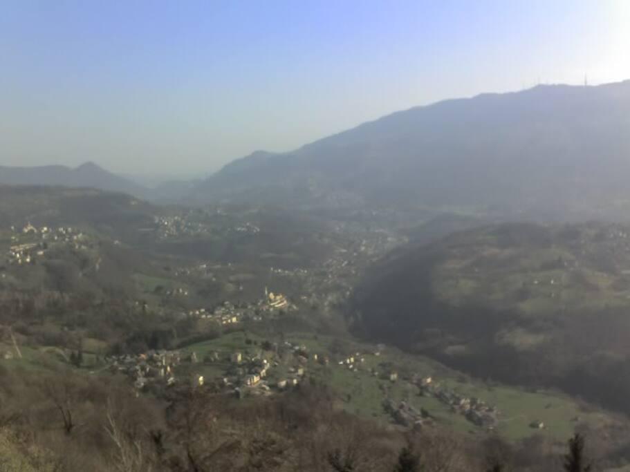 VIsta panoramica dal terrazzo principale