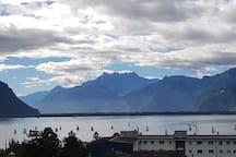 10 min walk to Montreux, beautiful view