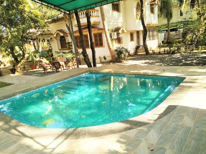 The 4bhk Duplex Private Villa with Private Jacuzzi