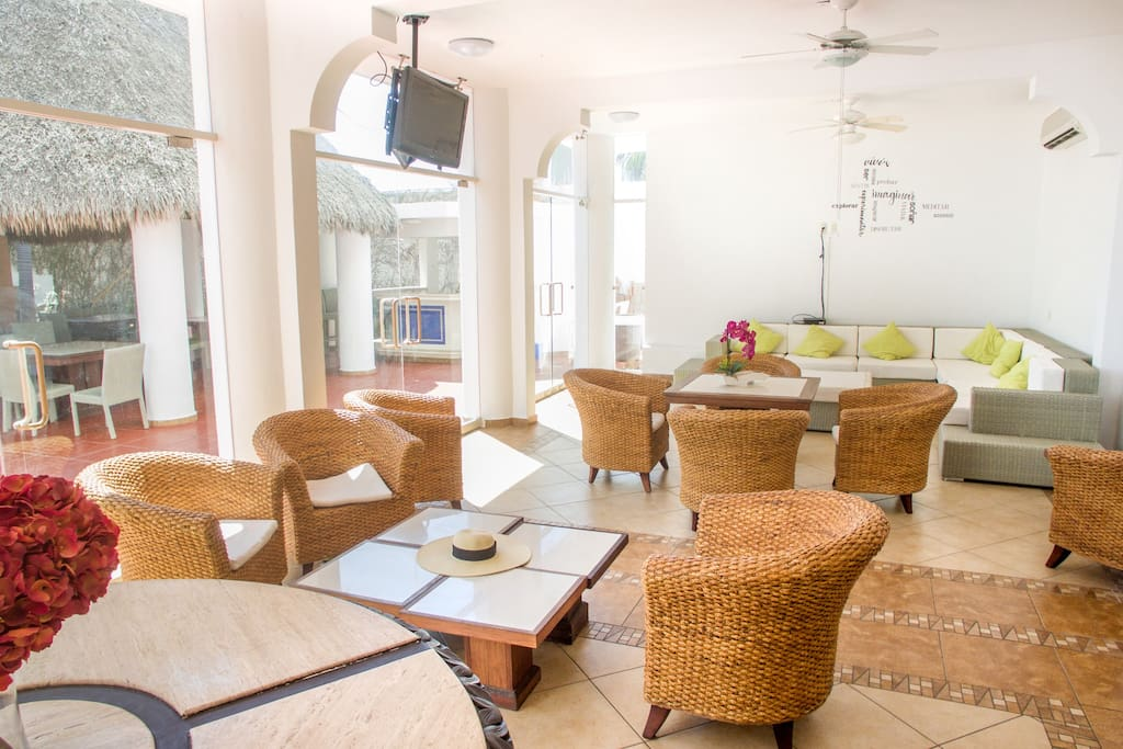 Sala de estar principal (área común)