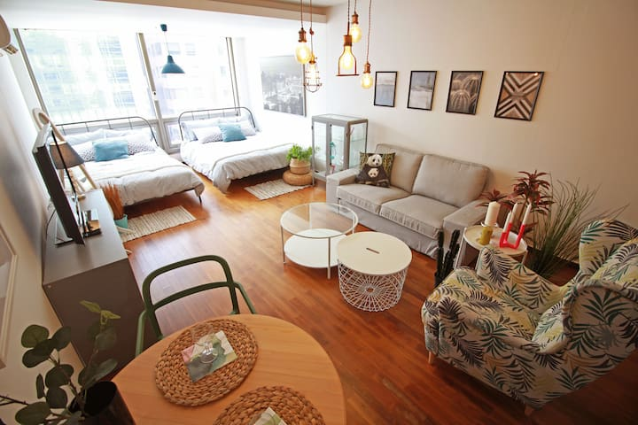 #7 Gangnam stn / Private queen Bedroom in a house@