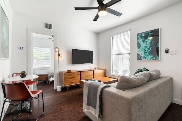 Abode | Montrose | 2-Bedroom
