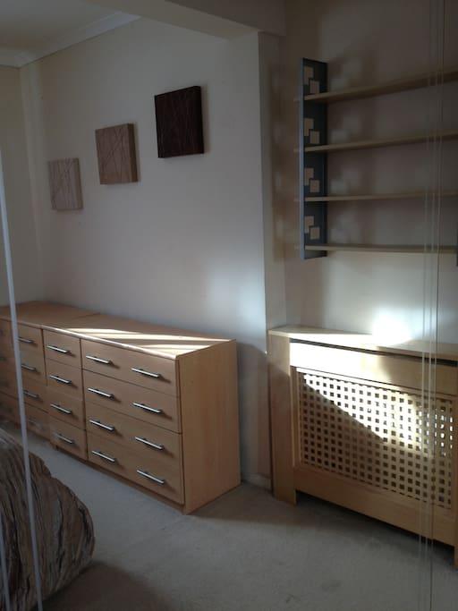 Light & sunny room