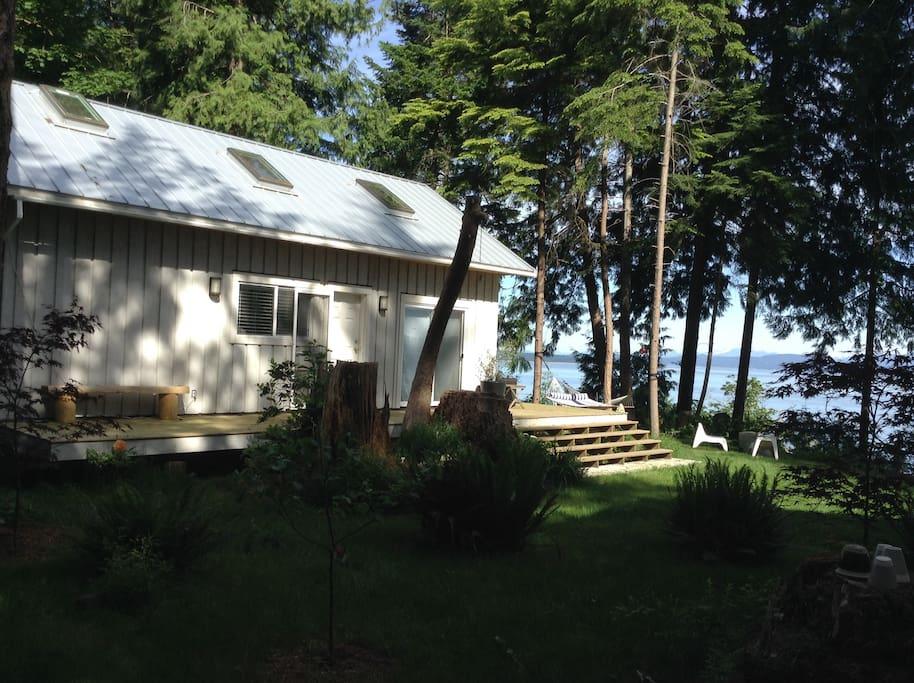 Savary Island Bed And Breakfast