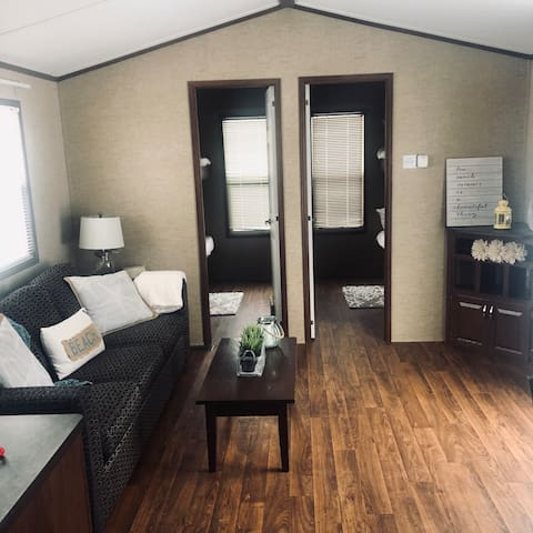 3 bdrm trailer for rent at Sherkston Shores!