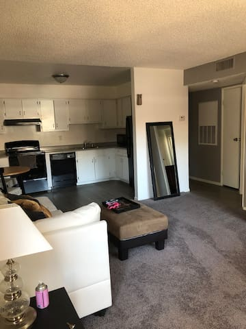 Apartment five minutes away from the strip