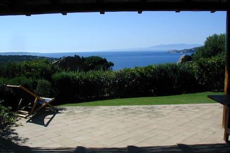 Dimora con spiaggia privata - Punta Sardegna - Casa de camp