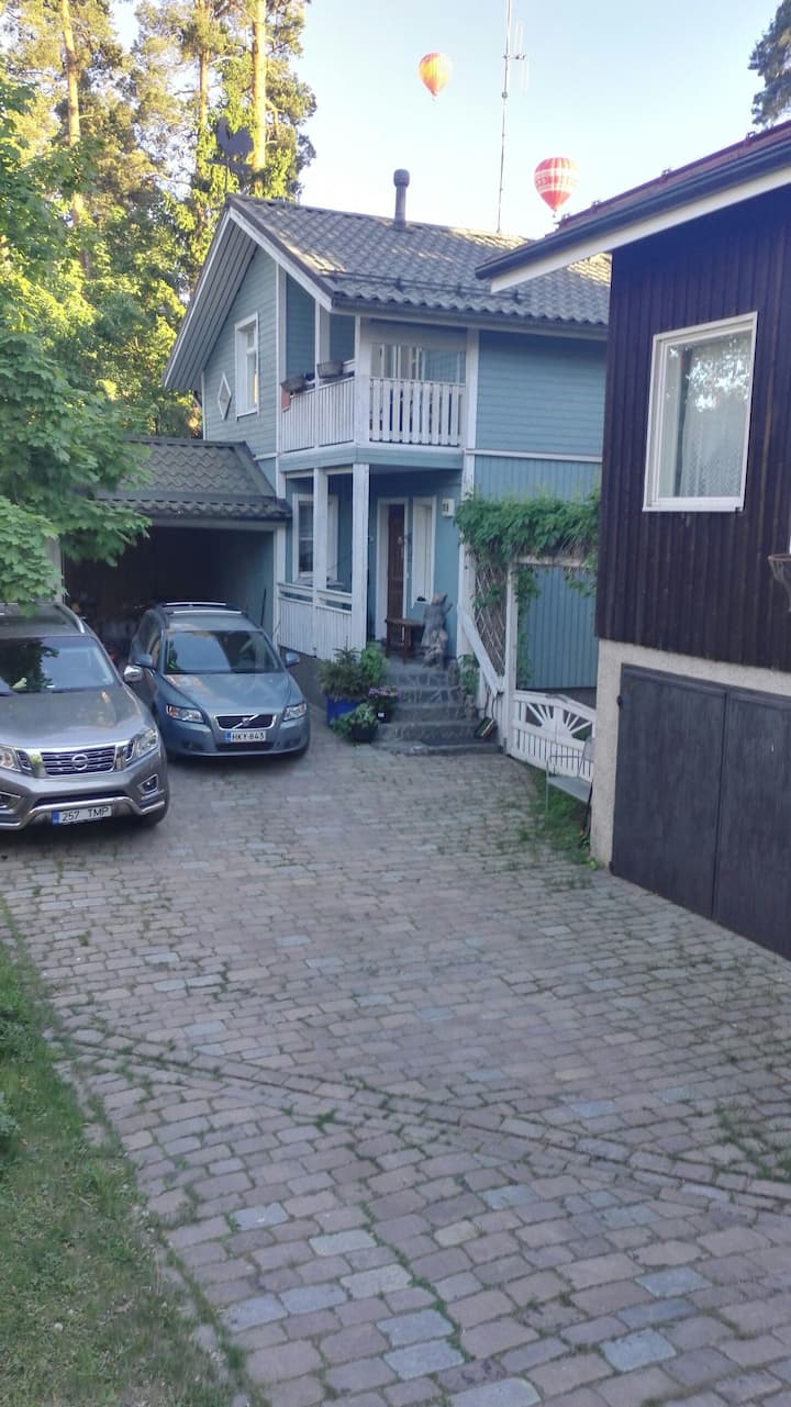2 - 4 bedrooms & shared  space in family house