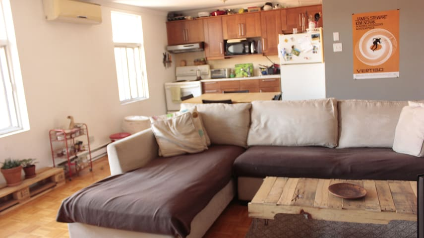 Nid douillet louer chambre 1 apartments for rent in for Chambre a louer vieux quebec