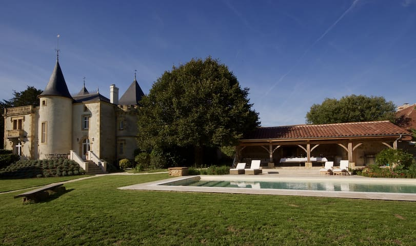 Le Manoir Holiday Accommodation - Saint-Sulpice-d'Excideuil - House