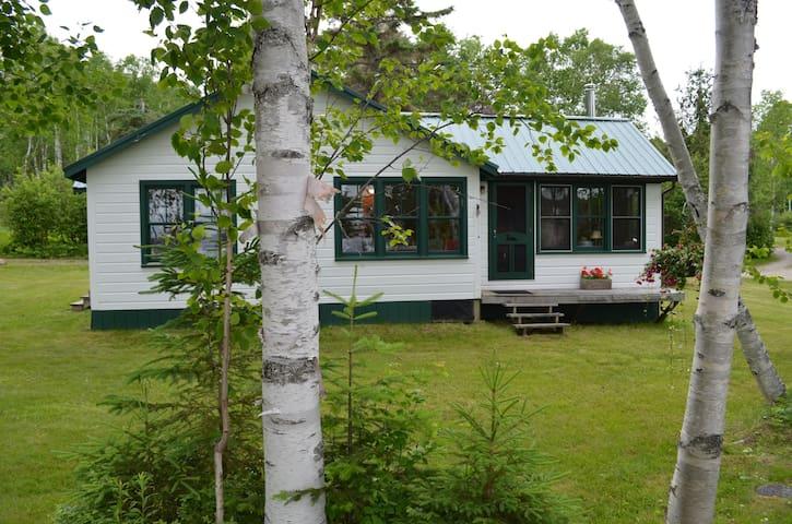 Bonney Point, Lakefront - Rangeley - Stuga