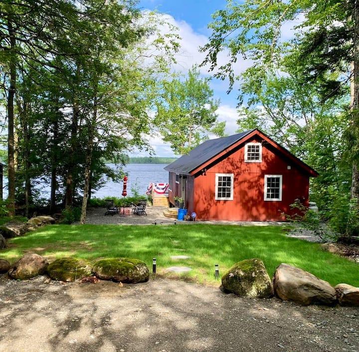 Big Boyd Lake Cottage