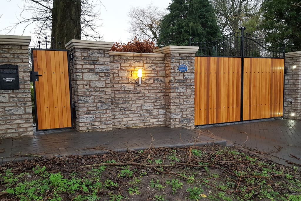 Electric Gates. Private & Secure