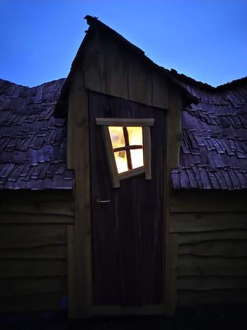 Farm SPA witch house Sauna & massage possibility