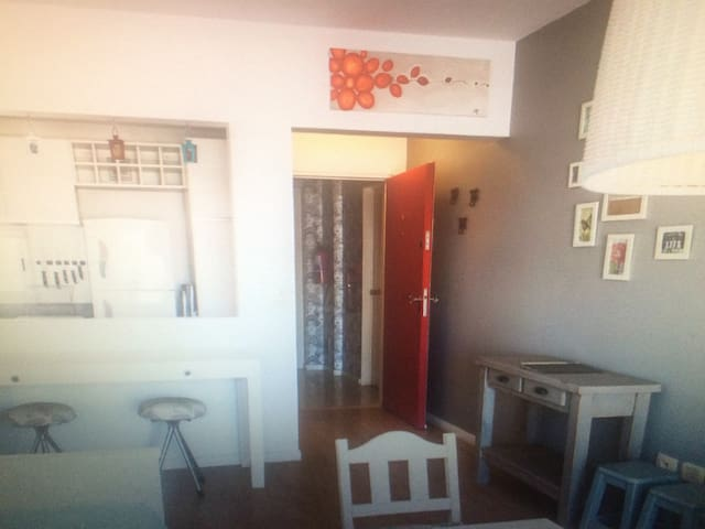Bright room within 3 bed flat - Bellariva - Byt