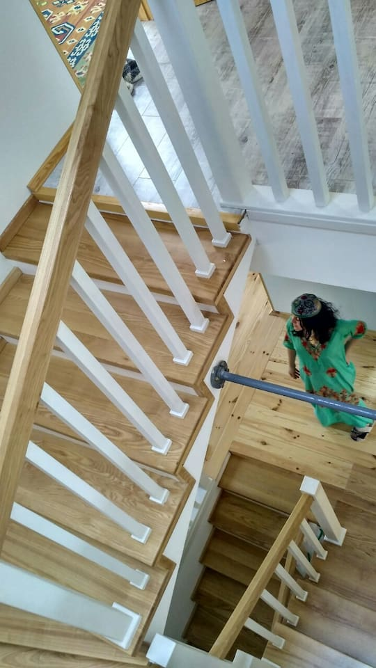 2nd floor to 3rd floor stairs and balusters