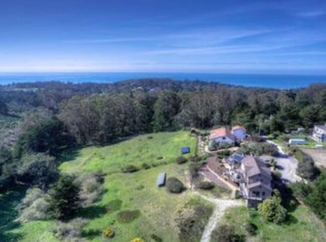 Coastal Retreat!  20m from SF  Private Entrance