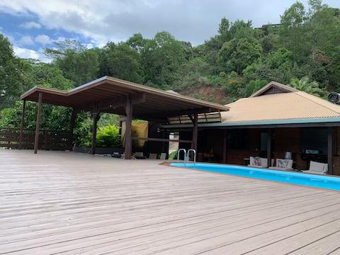 INAKE LODGE Maison, 3 ch.climatisées avec piscine