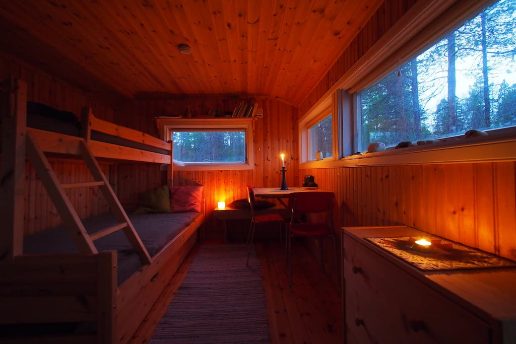 Cosy little chalet, by Svenbørg pine forest