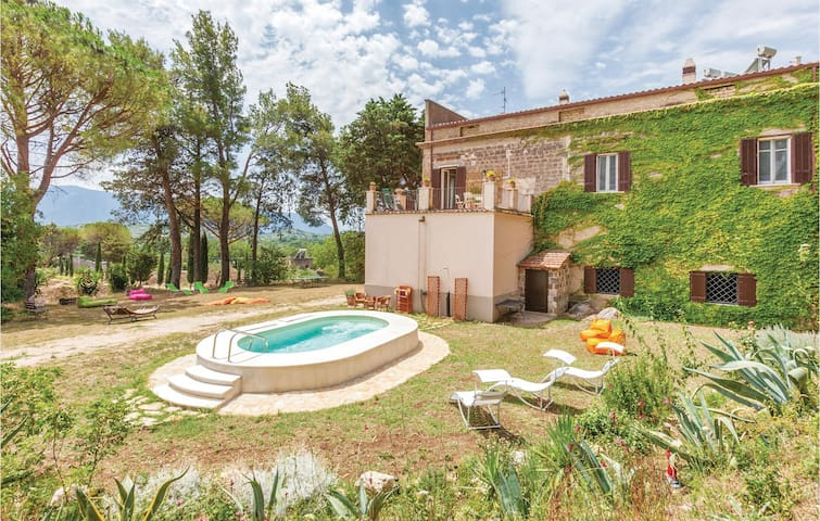Holiday cottage with 5 bedrooms on 350m² in S. Lorenzello (BN)
