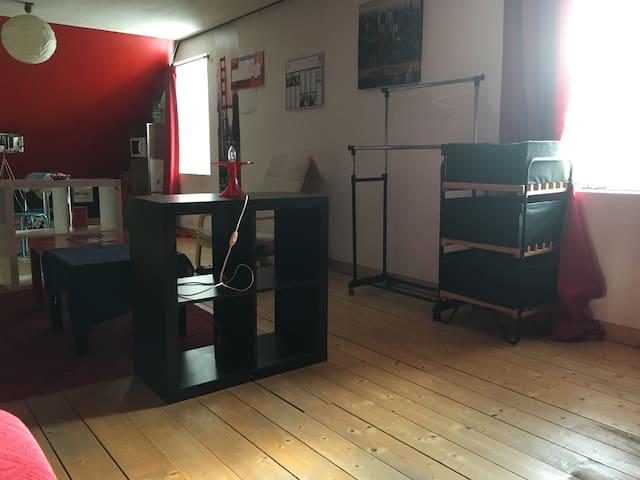 charmant studio meublé