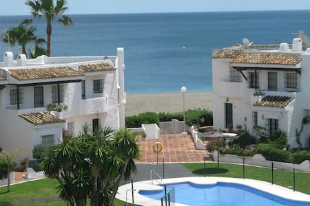 Beachapartment in Manilva with fantastic Seaview - Appartement