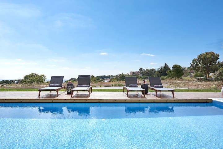 """Amina"" 3 Bedroom Sea View Villa with Private Pool"