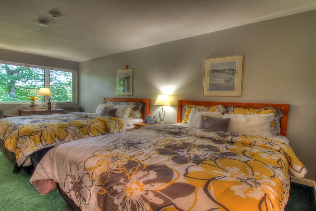 Two comfy beds wll sleep up to 4 people.