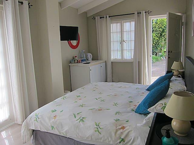 Rose Room, Corner House, Leisure Island