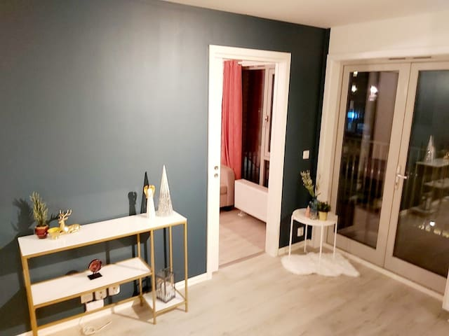 MODERN FLAT in Oslo, 1 minute from the subway
