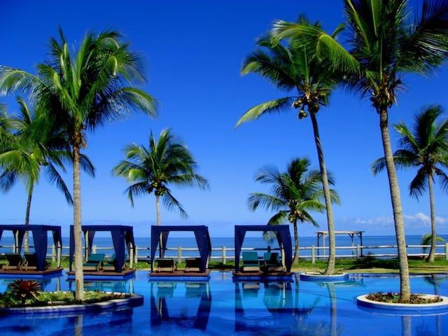Casa frente para praia Condominio Villa Oberoi - Santa Cruz Cabrália - Rumah