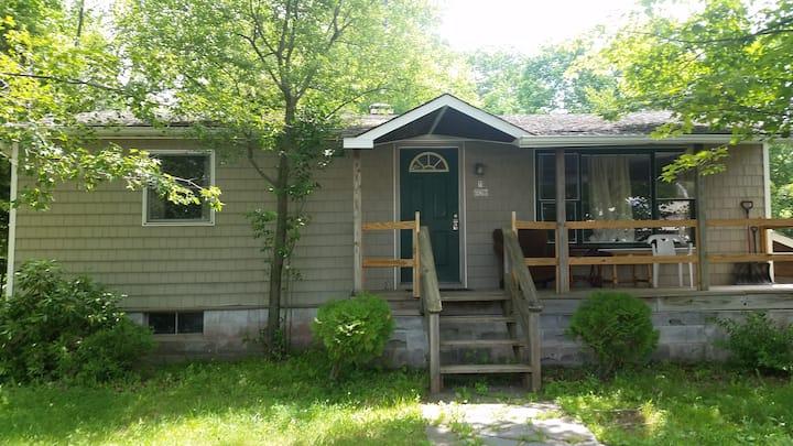 Kara's Cottage in Hunter/Tannersville NY
