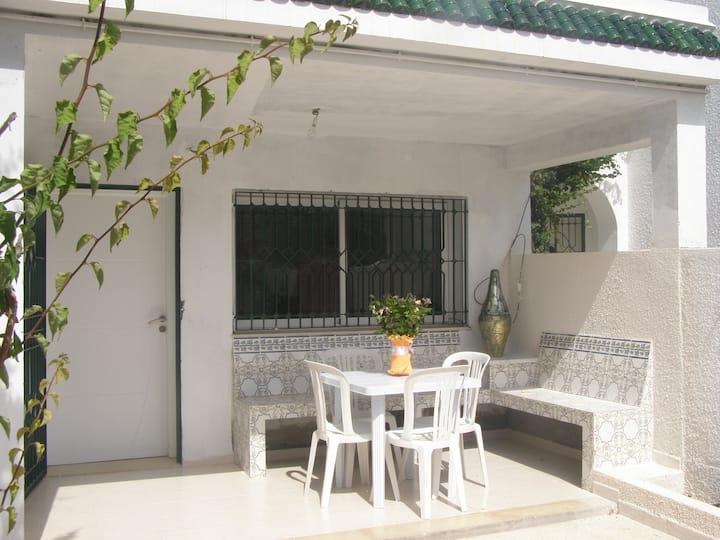Appartement dans villa à coté de la Médina