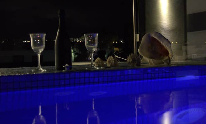 Suite with hot tub and sea view - Argiris Studios