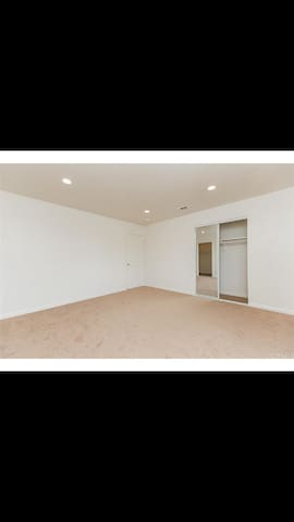 Roomy private bdr - Pomona - Flat