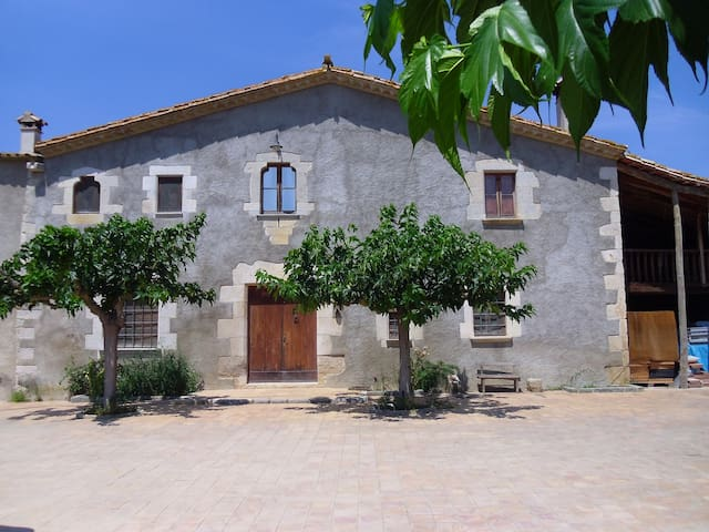 Mas Goy: Masía típica Catalana - Fornells de la Selva - Haus